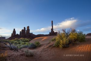 SUNRISE AT BROKEN ARROW, MONUMENT VALLEY, UTAH