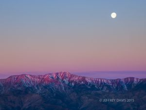 MOONSET OVER PANAMINT MOUNTAINS, DEATH VALLEY NATIONAL PARK, CALIFORNIA