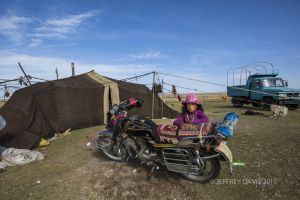 OUTSIDE THE YURT, FAMILY LIFE, NAMTSO LAKE, TIBET