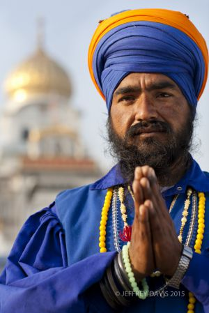 SIKH IN PRAYER, DELHI, INDIA