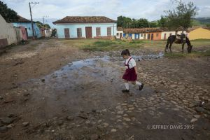 SKIPPING TO SCHOOL, TRINIDAD, CUBA
