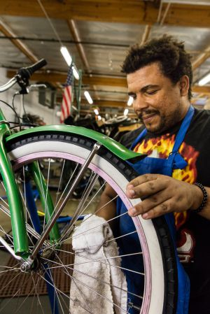 CREATING A SMOOTH RIDE, HOPE CYCLES, SAN JOSE