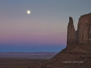 PINK TWILIGHT, MONUMENT VALLEY, UTAH